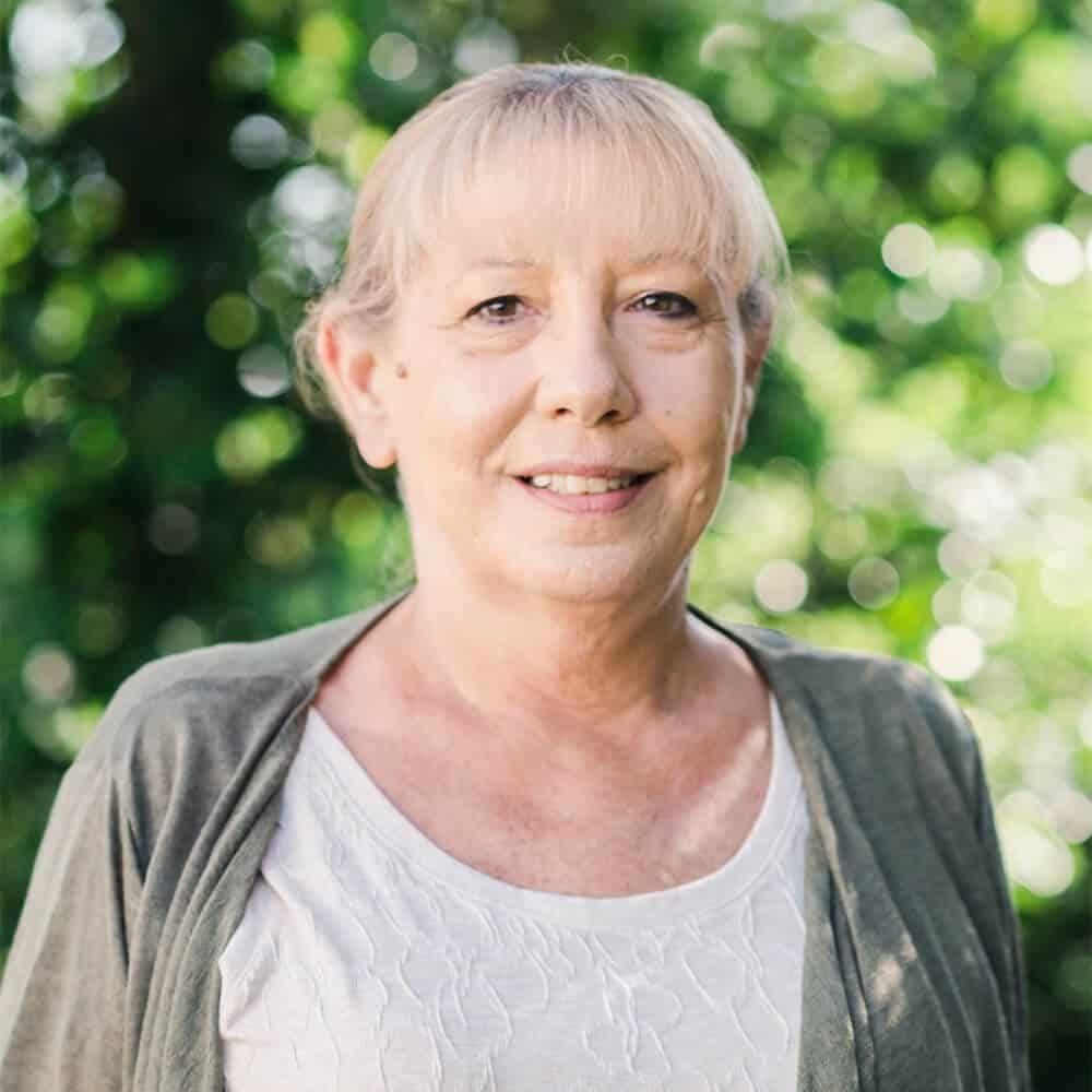 Bonnie Titus